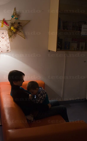 Izan y yo en la sala de espera